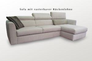 Weißes Sofa mit Liege