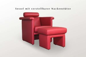 Polstersessel mit Hocker