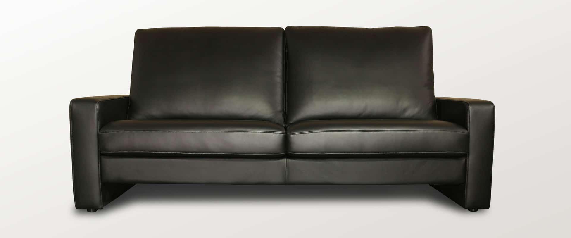 Sofa in schwarzem Leder