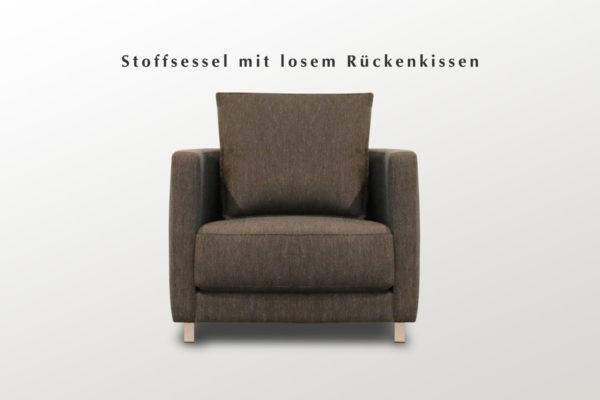 Lounge Sessel mit dunklem Stoffbezug