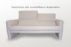 Sofa Garnitur mit verstellbarer Kopfstütze
