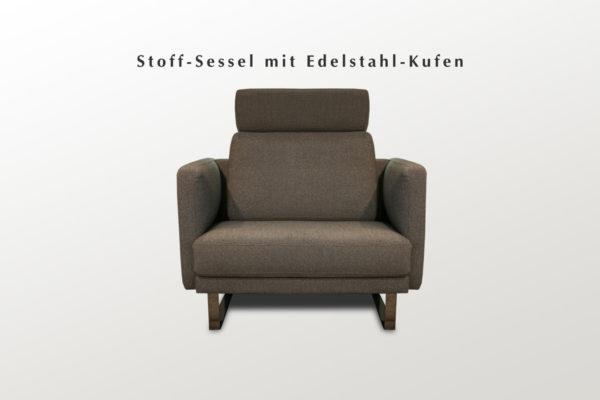 Sessel mit Stoffbezug